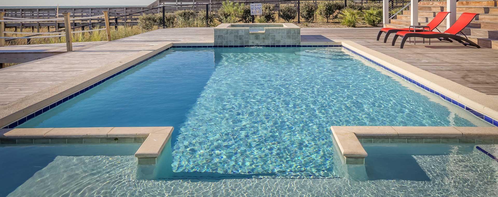 Piscine belle votre sp cialiste piscine poitiers dans for Specialiste piscine
