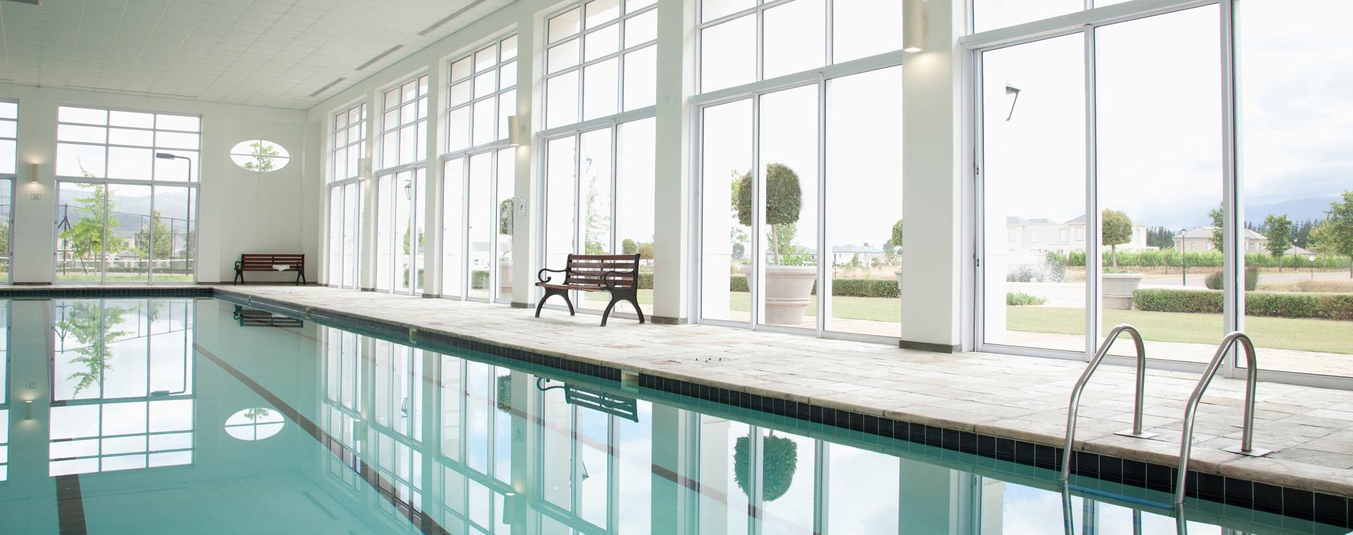 Produits et mat riel d entretien de piscines et traitement for Traitement eau piscine